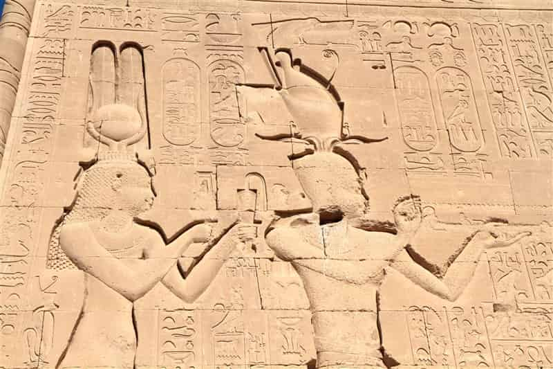 Female pharaohs on the throne of ancient Egypt