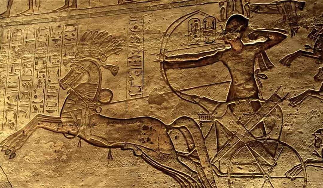 """Chariots of war, the """"tanks"""" of the pharaohs to crush the enemies of ancient Egypt"""