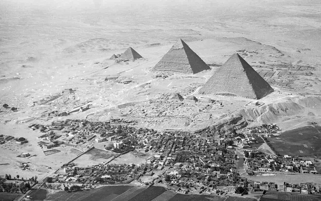 The orientation of the pyramids of Giza